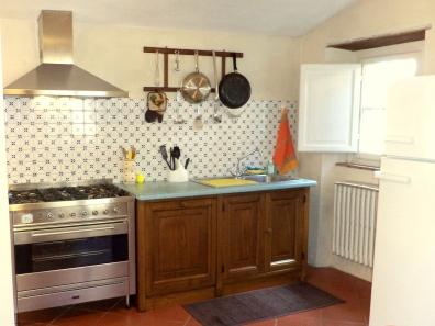 Kitchen/La cucina