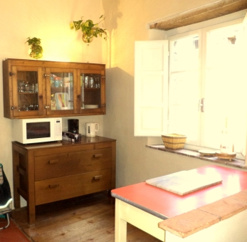 Kitchen/La cucina